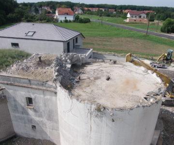 Château d'eau d'Ernestviller début