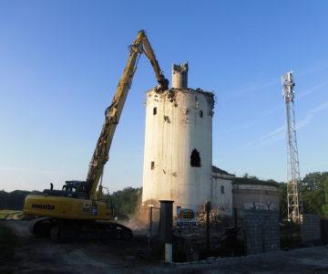 Château d'eau d'Ernestviller ( bas à conserver)
