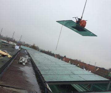 Enlèvement d'un toit en verre